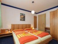 apartment-hinterglemm-saalbach-schlafzimmer.jpg